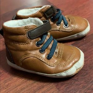 Old navy infant shoes